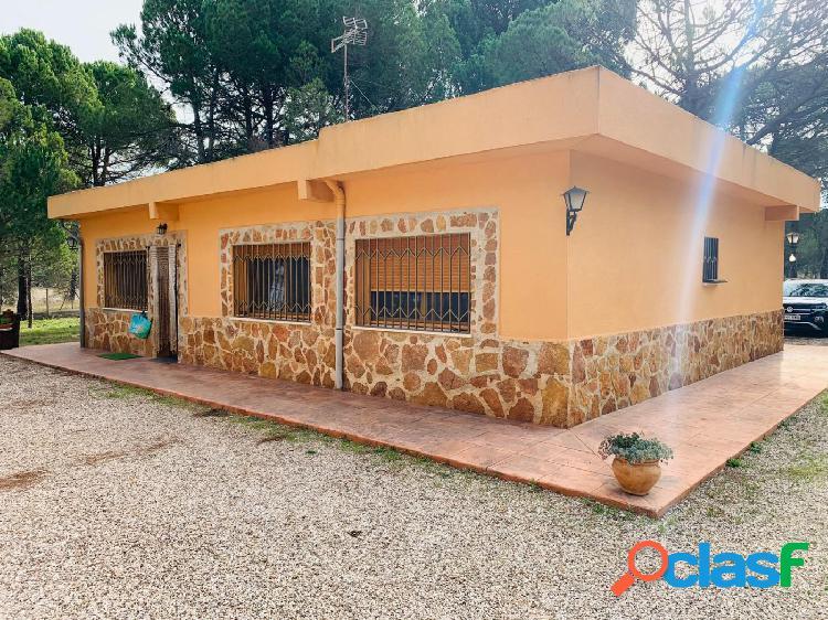 Casa de campo a la venta situado en la Serra de