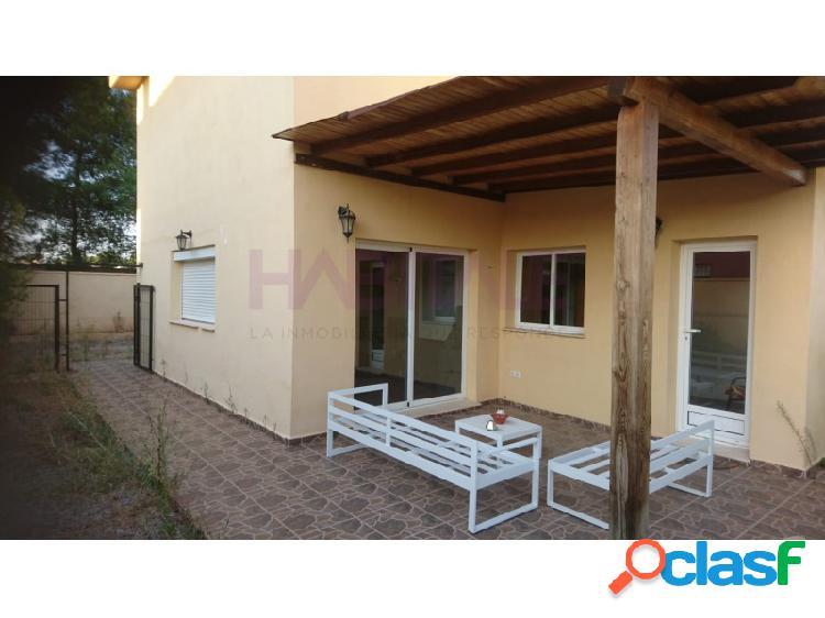 Casa independiente en un Residencial de la Urbanizacion La