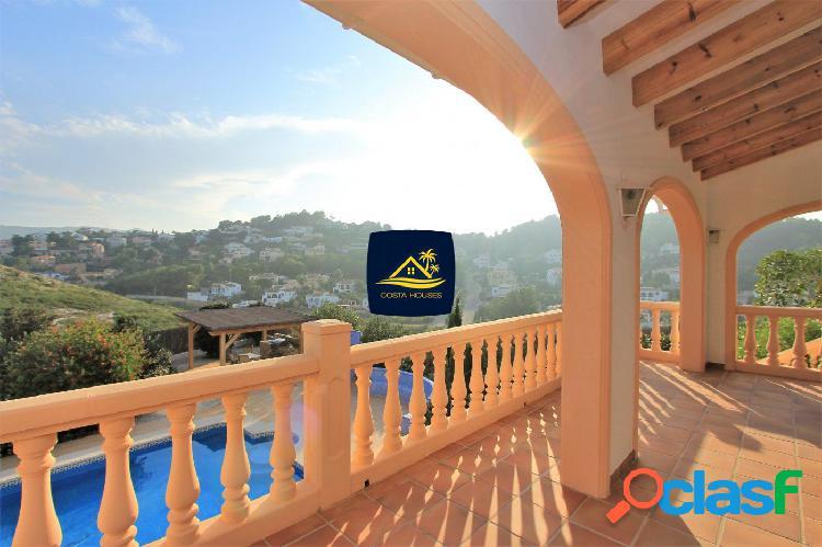 Chalet estilo Mediterraneo en Javea con preciosas vistas al