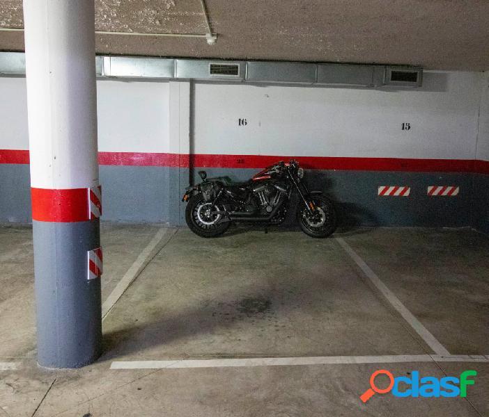 Céntrica plaza de garaje en Punta Larga – Candelaria