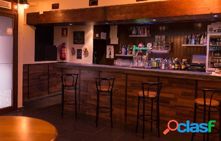 Local en Casco Historico con 144 m2 en una planta con