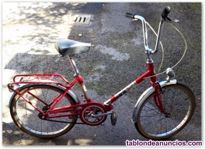 Bicicleta de mujer antigua.