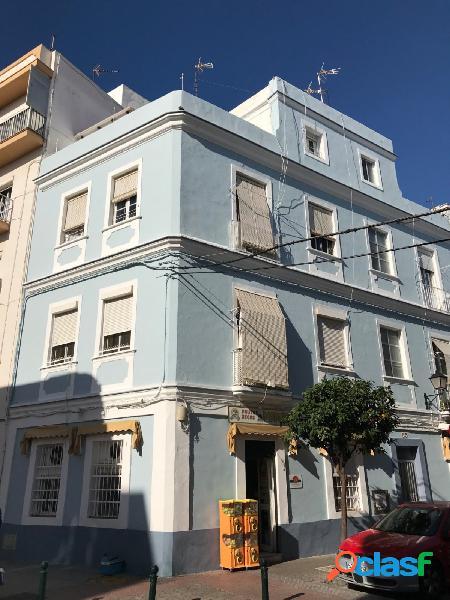 Edificio Calle San Rafael esquina C/La Rosa