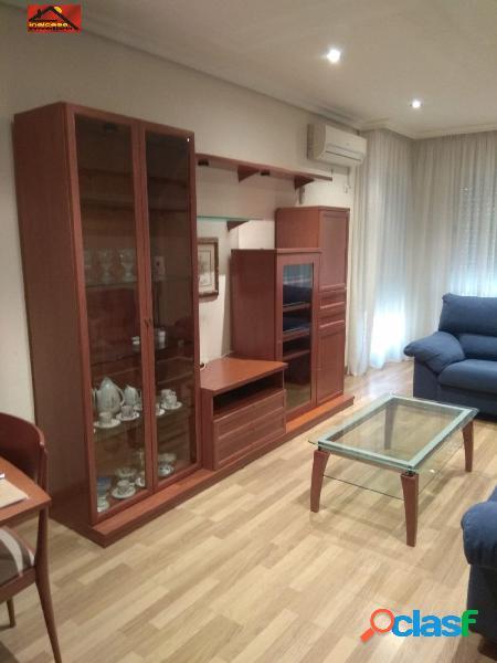 En alquiler estupendo piso en La Flota Murcia, 3
