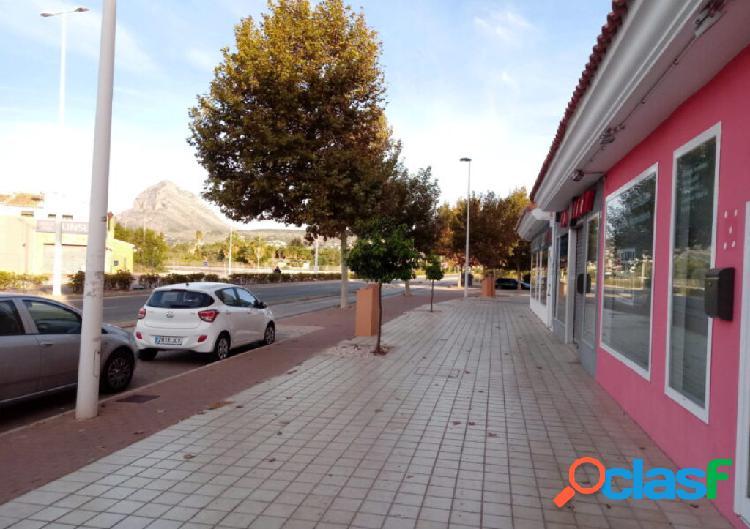 Local comercial en Alquiler en Javea Alicante
