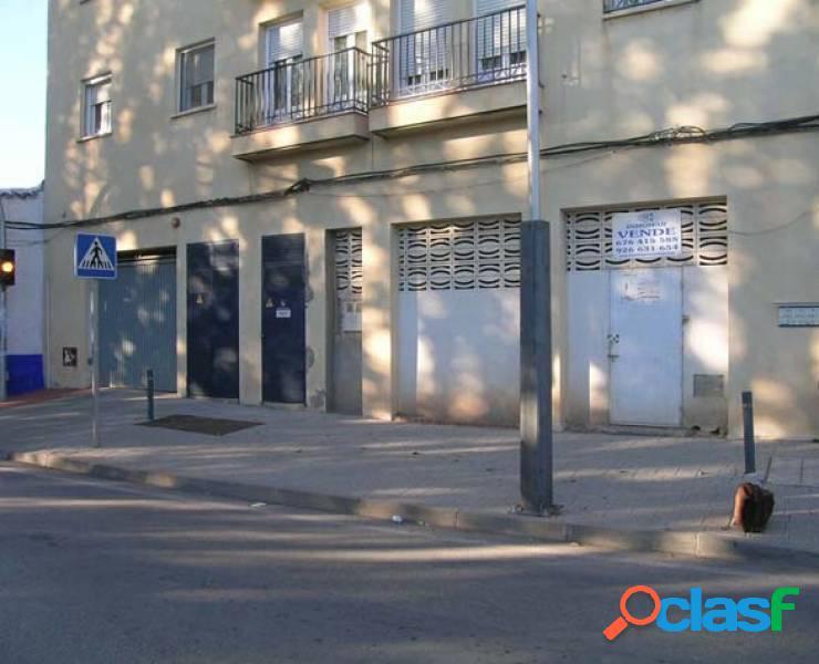 Local comercial en venta en La Solana, Ciudad Real.