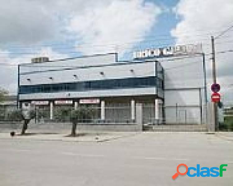Nave Industrial en venta en Guadalajara.