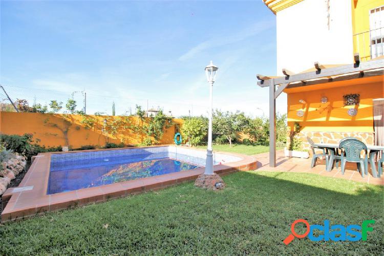 Ref: B5993. Precioso Chalet con piscina en Urb. Bartolano a
