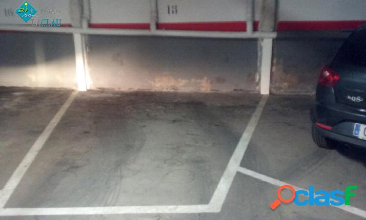 Plaza de parking a la venta en zona playa Sant Sebastian