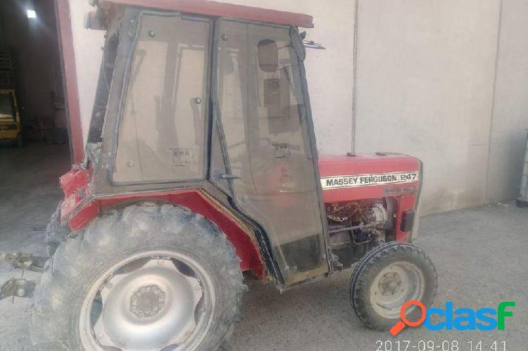 Tractor massey ferguson 247