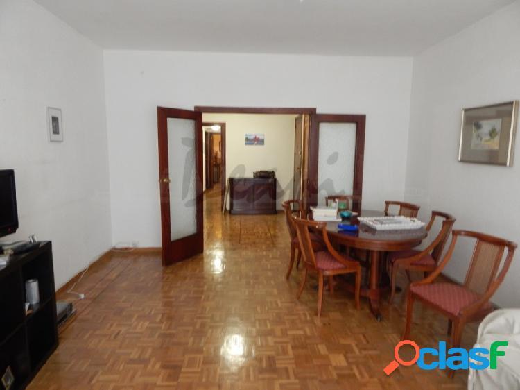 Se vende piso amplio y señorial en López de Hoyos (Ciudad