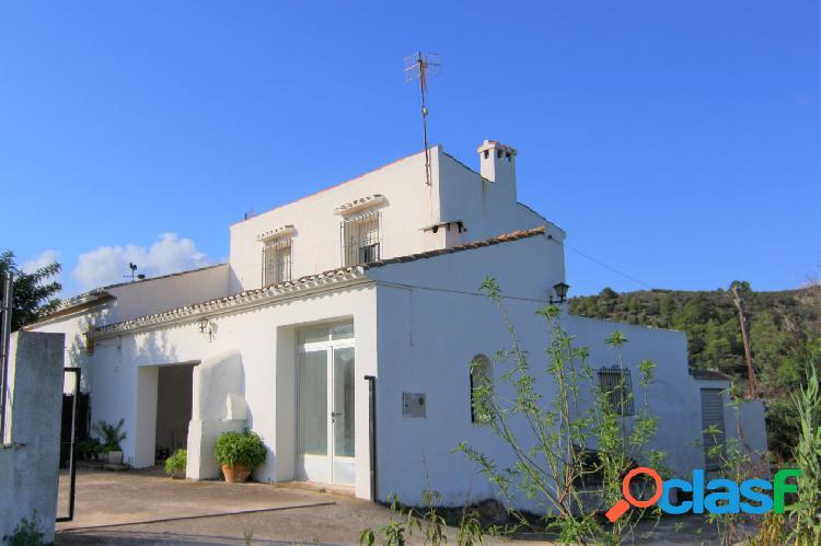 Tradicional Casa de campo en Gata de Gorgos GV5015A