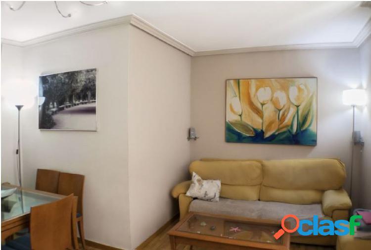 Urbis te ofrece un interesante piso en zona Prosperidad,