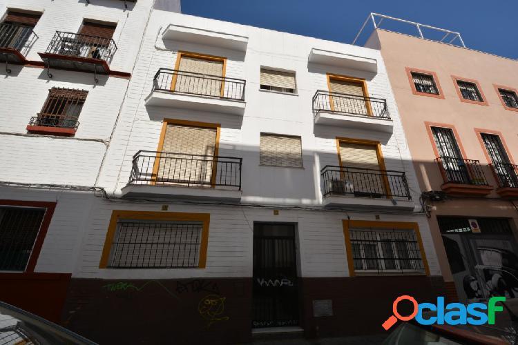 ALAMEDA. Venta de edificio para rehabilitar con 6 viviendas