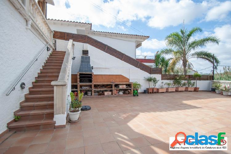 Casa en Alella ideal para 2 familias