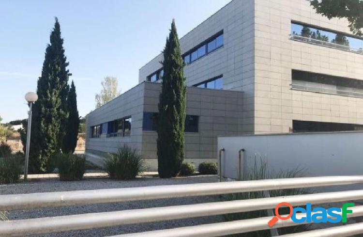 PROCEDENTE DE BANCO - OFICINA EN LAS ROZAS, MADRID, JUNTO A