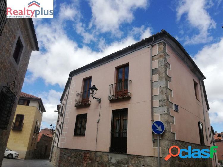 Ai - estupendo piso en el centro de Ávila