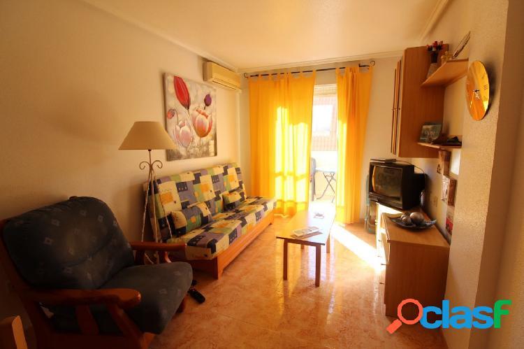 Atico de 1 Dormitorio con Piscina Comunitaria