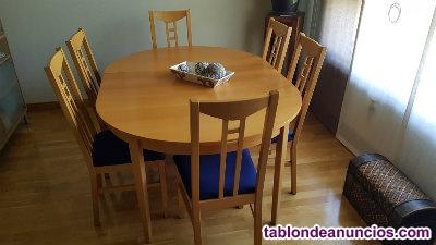 Comedor mesa silllas vitrina