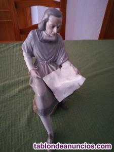 Figura nao - lladro... Colon figura de porcelana nao -