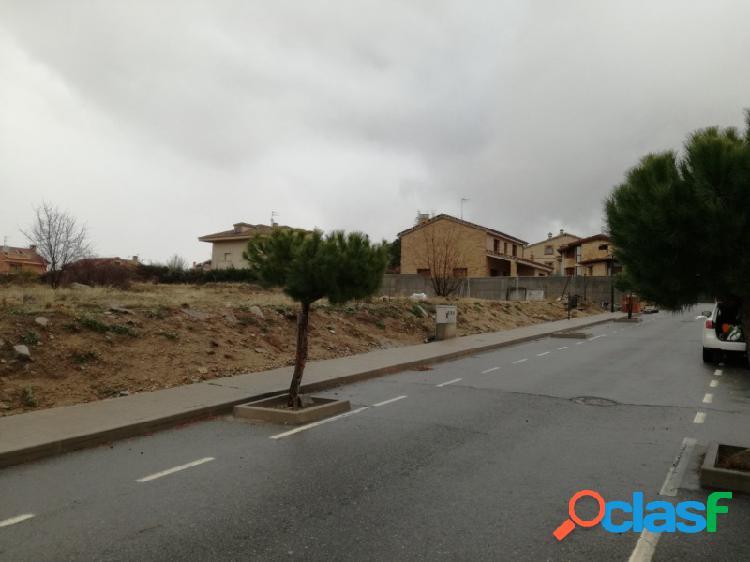 Parcelas urbanizadas en El Sotillo, zona Magullo