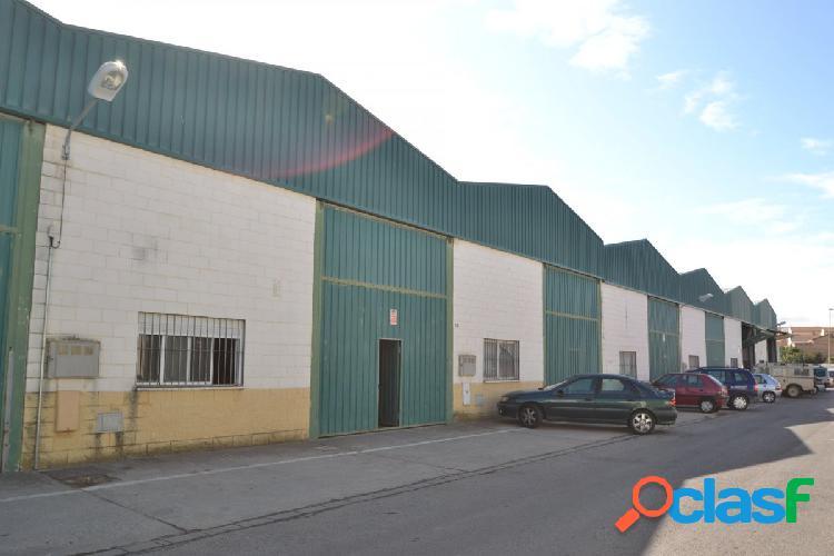 Venta Nave Industrial en Olivares (Sevilla)