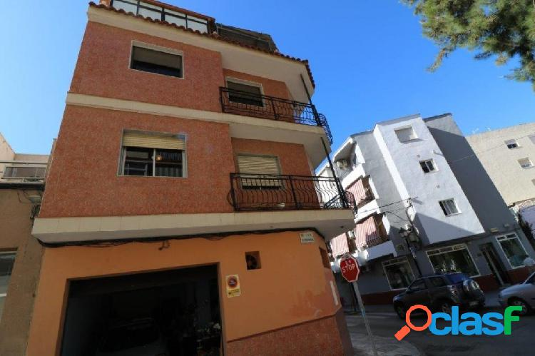 3 floor building in the center of fuengirola - 6 bedroom