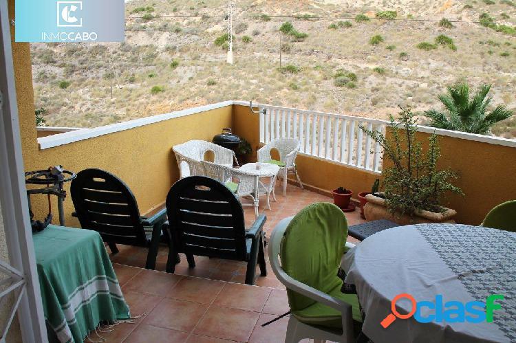 Apartamento en Cala Reona con amplia terraza y vistas al