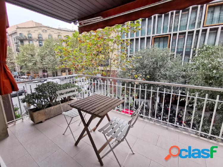 Piso con terraza y plaza de parquing