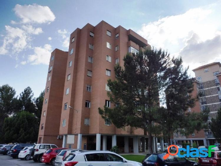 Piso de 4 dormitorios en Alcalá de Henares