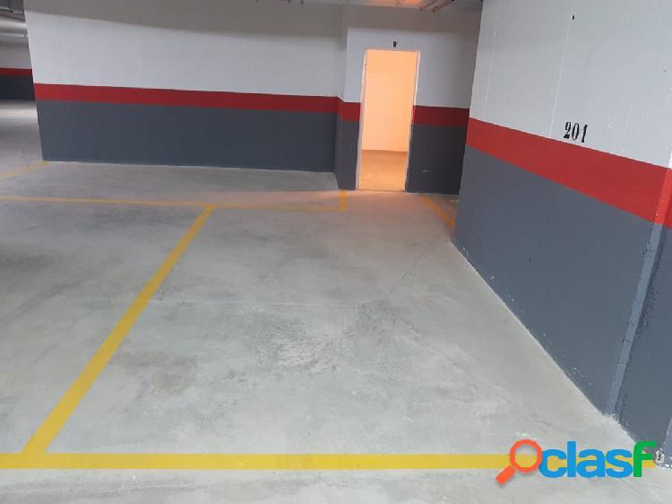 Plaza de garaje 15 m con trastero de 7 m por 70€/mes