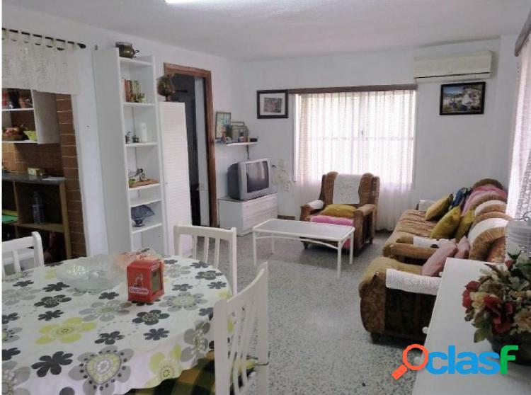 Se vende Casa de campo con terreno en Camino Viejo de Teruel