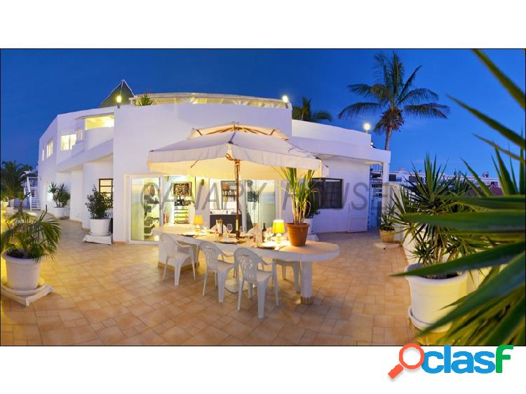 Chalet, Villa en venta con vistas al mar, en Puerto Rico,