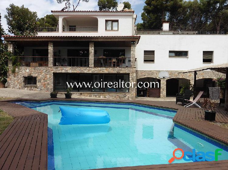 dílica casa de estilo mediterráneo en venta en la