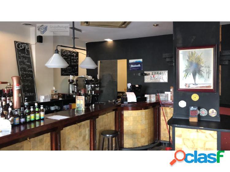 Bar en Traspaso de 100m² en la zona de Vallehermoso