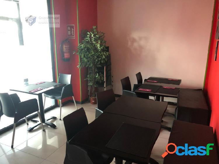 Traspaso Bar Restaurante 100m² con terraza, en zona