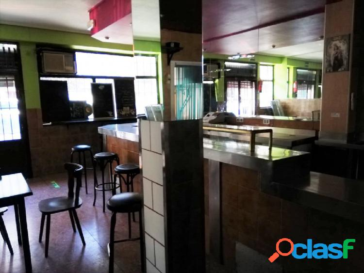 Local con licencia de bar en zona Ciudad Lineal.Madrid
