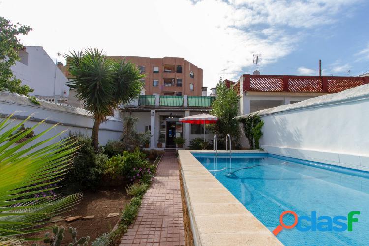 ¿¿Sueñas con vivir en una casa independiente con terraza,