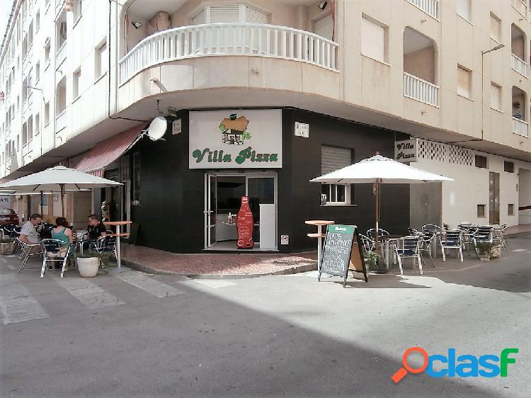 Venta de local y negocio en funcionamiento de Pizzeria cerca