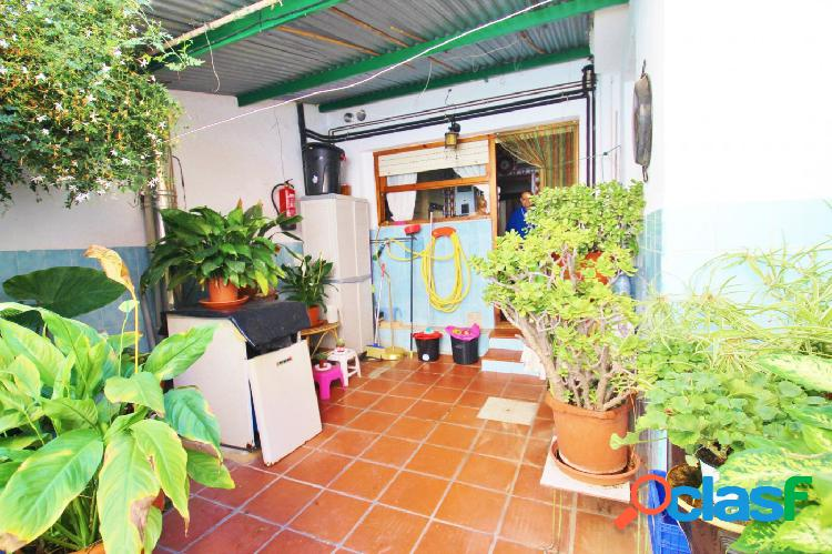 OPORTUNIDAD casa baja de 2 plantas en San Juan De Alicante