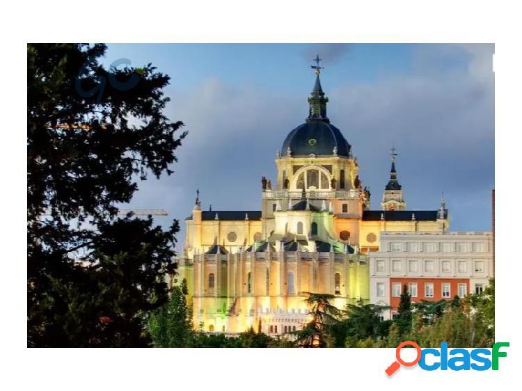 MEDIATA SOLUCIONES pone a la venta un piso en pleno Madrid
