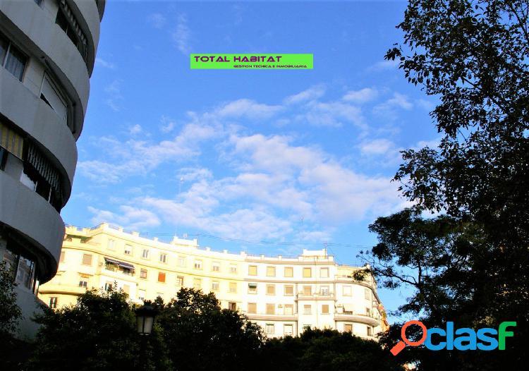 Ref: 00599 Se VENDE piso en Plaza Xúquer, junto a las
