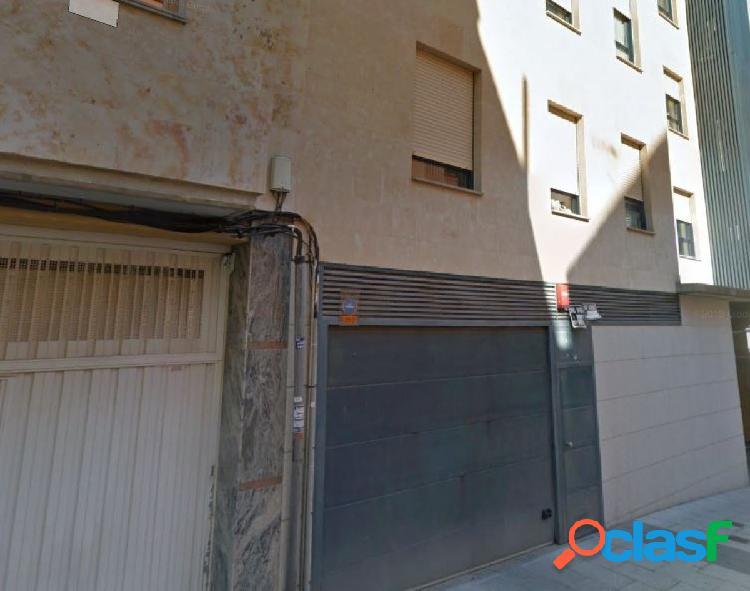 Urbis te ofrece una plaza de garaje en zona Garrido Sur,