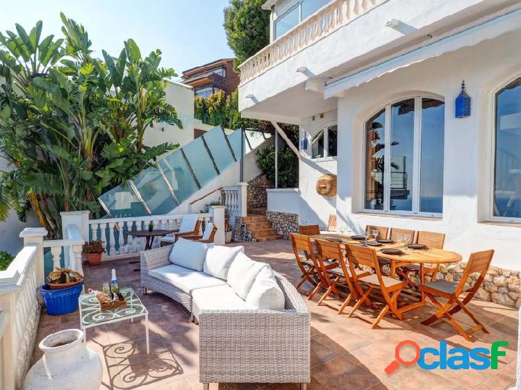 Casa Zen, hermosa villa con magníficas vistas al mar