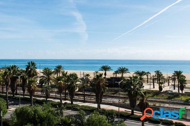 Piso en primera línea de mar en Mataró