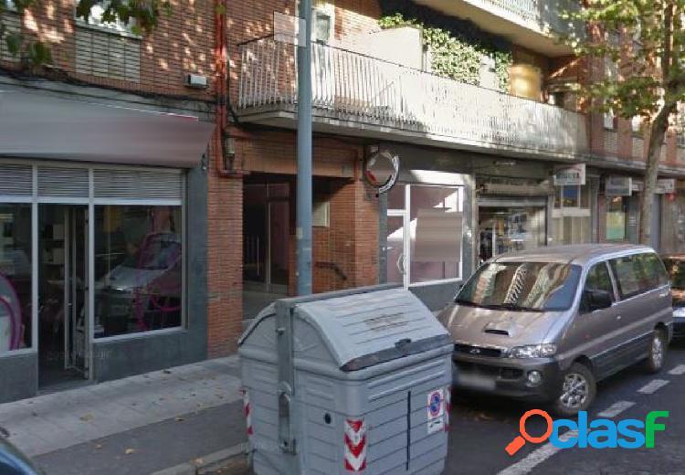 Urbis te ofrece un local comercial en zona Garrido Norte,