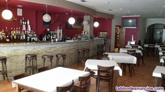 Alquilo café bar / restaurante en vilarodís