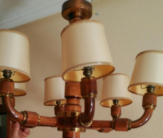 Se vende lámpara de madera