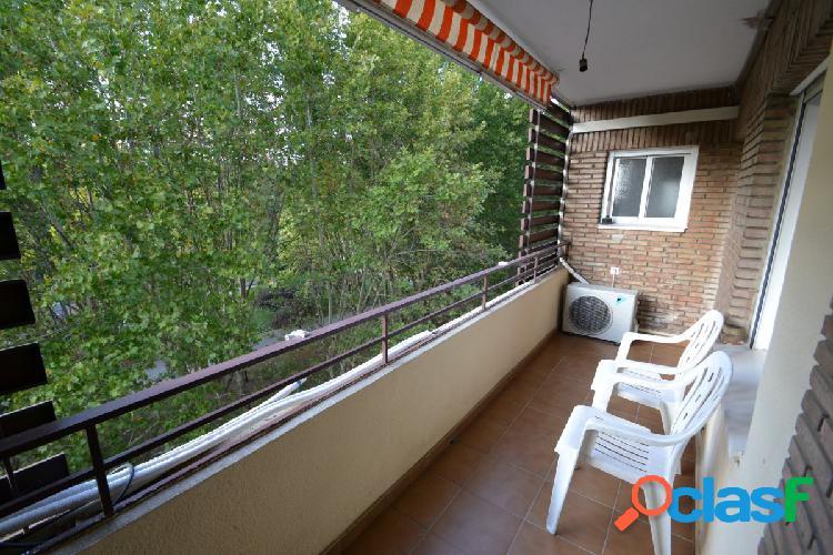 Fabuloso piso todo exterior en Avda Conde de Vallellano.