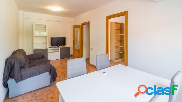 Piso de 3 habitaciones en alquiler Quatre Carreres